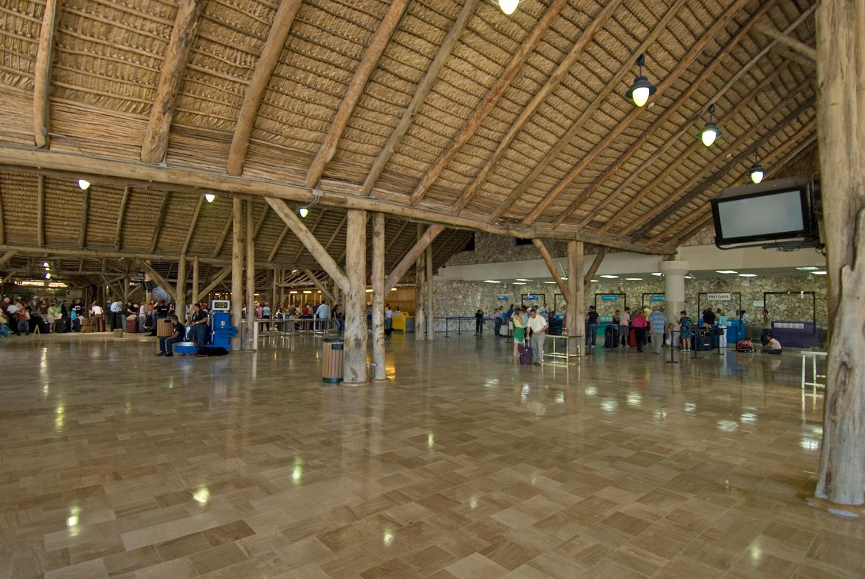 Punta-Cana-Airport_1